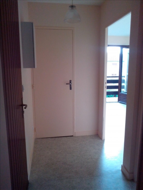 Rental apartment Poitiers 360€ CC - Picture 6