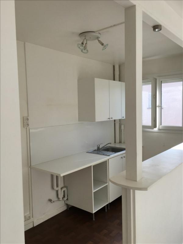 Location appartement Bougival 1091€ CC - Photo 2