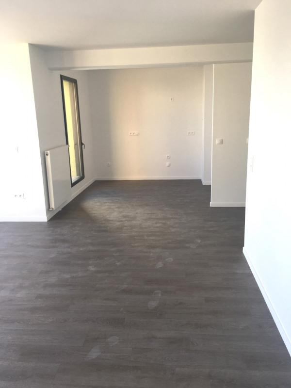 Location appartement Montreuil 1 790€ CC - Photo 11