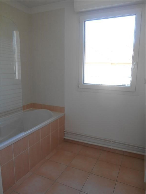 Rental apartment St julien les villas 720€ CC - Picture 7