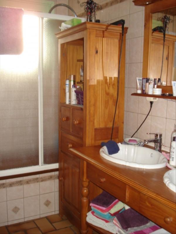 Sale house / villa Castelnau de medoc 254400€ - Picture 8