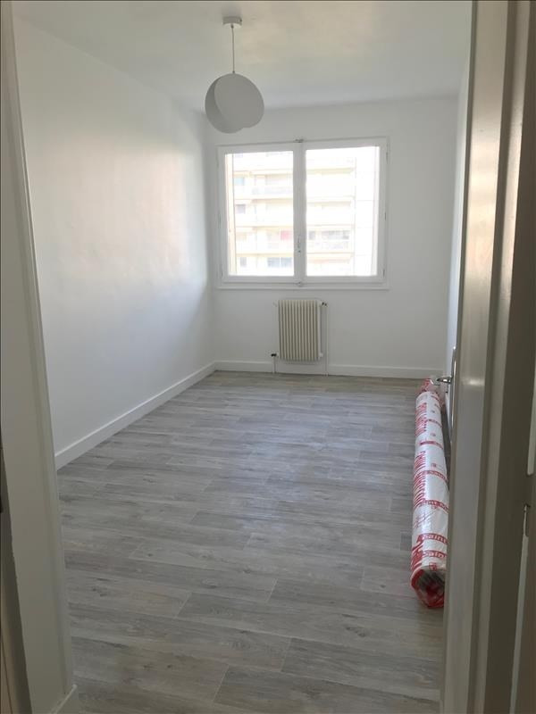 Location appartement Annecy 970€ CC - Photo 3
