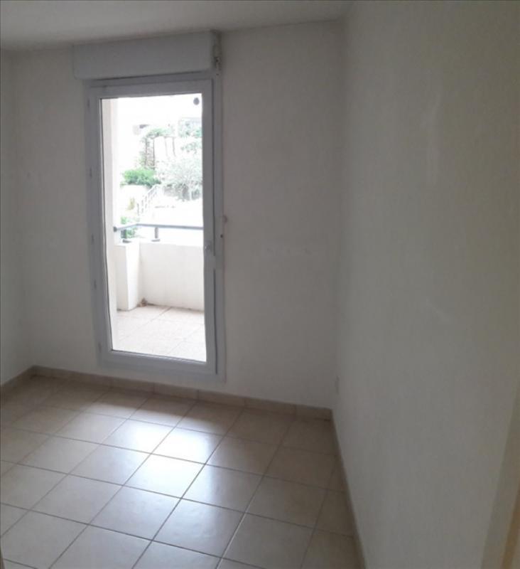 Location appartement Marseille 8ème 998€ CC - Photo 5