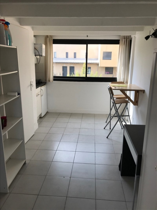 Location appartement Vitry sur seine 695€ CC - Photo 2