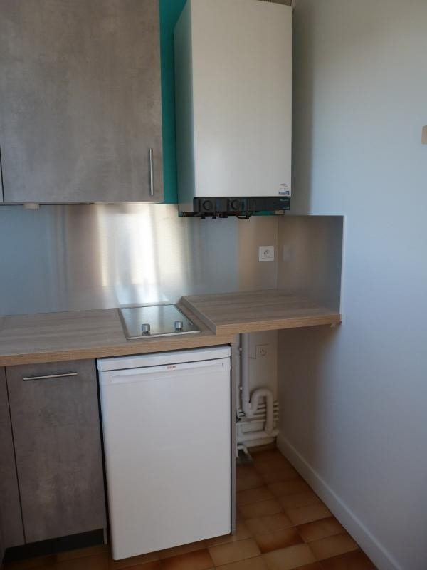 Location appartement Chatellerault 369€ CC - Photo 2