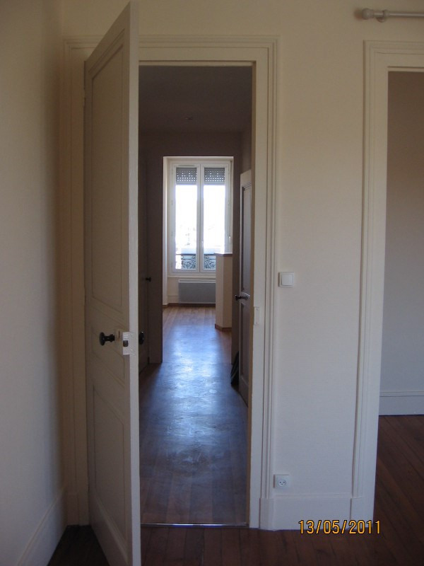 Location appartement Oullins 567€ CC - Photo 5