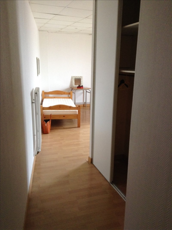 Location appartement St quentin 445€ CC - Photo 5