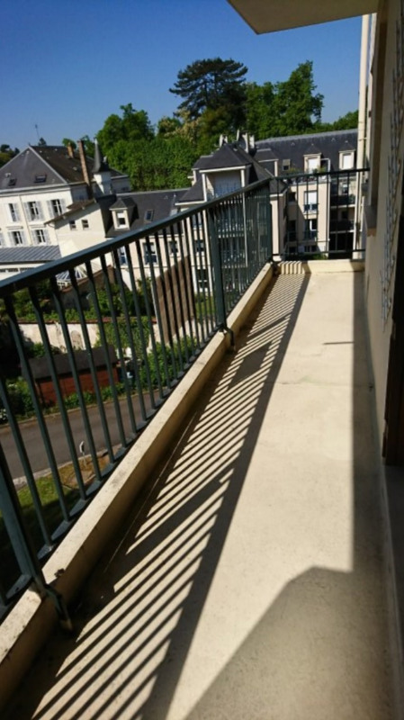 Location appartement Rambouillet 855€ CC - Photo 1