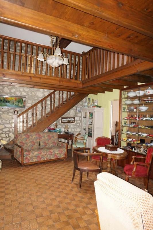 Vente maison / villa St andre de cubzac 371000€ - Photo 4