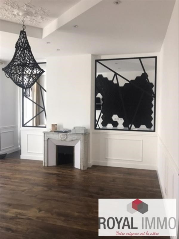 Deluxe sale apartment Toulon 495000€ - Picture 9