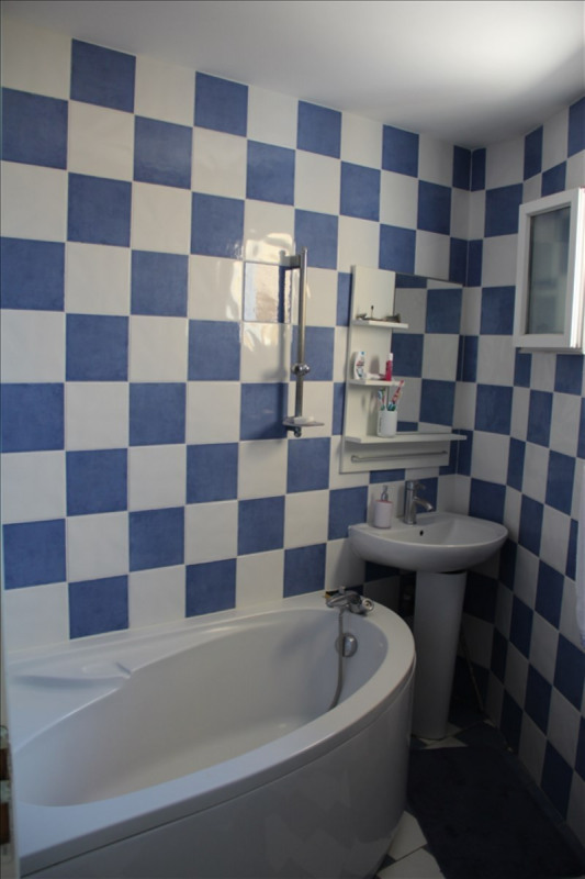 Sale house / villa Bourgoin jallieu 399000€ - Picture 4