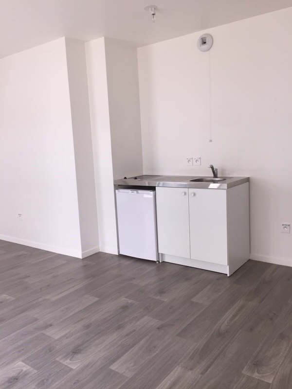 Location appartement Carrieres sous poissy 600€ CC - Photo 2