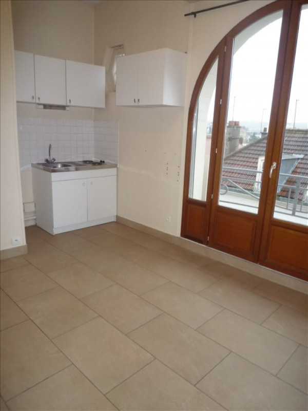 Location appartement Le raincy 690€ CC - Photo 2