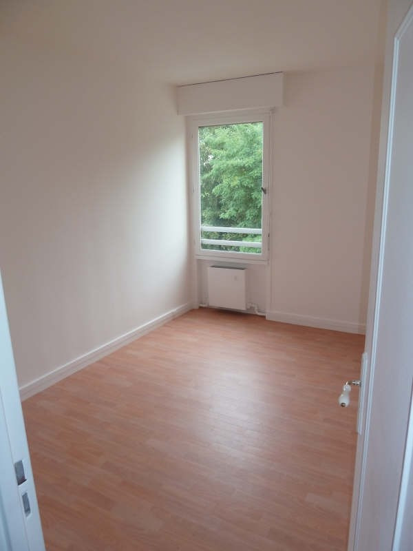 Rental apartment Conflans ste honorine 875€ CC - Picture 4