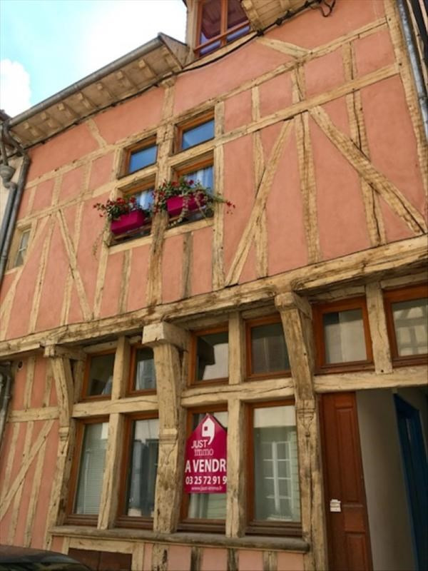 Investment property house / villa Troyes 229 000€ - Picture 1