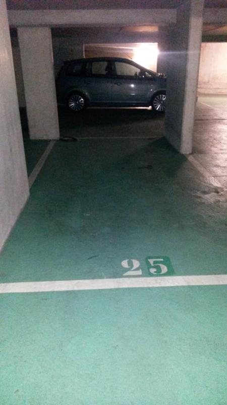 Location parking Le kremlin-bicêtre 75€ CC - Photo 1