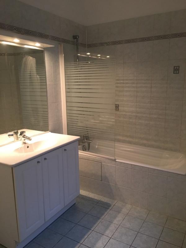 Rental apartment Courbevoie 1190€ CC - Picture 5