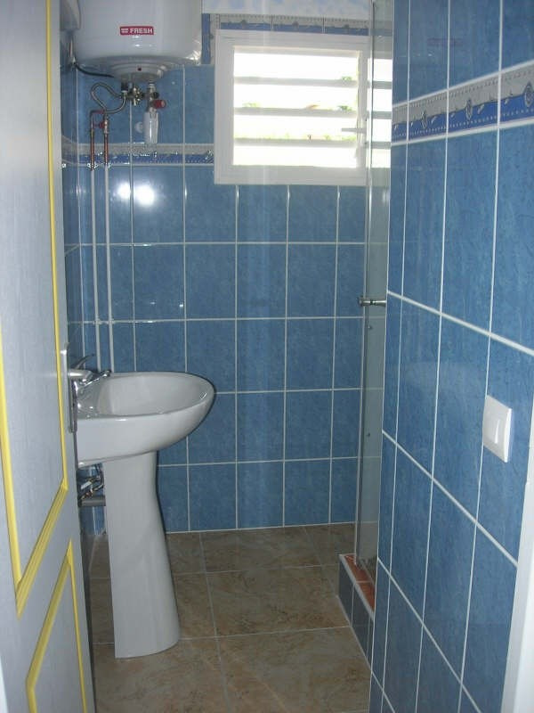 Rental house / villa Ste anne 1 000€ +CH - Picture 6