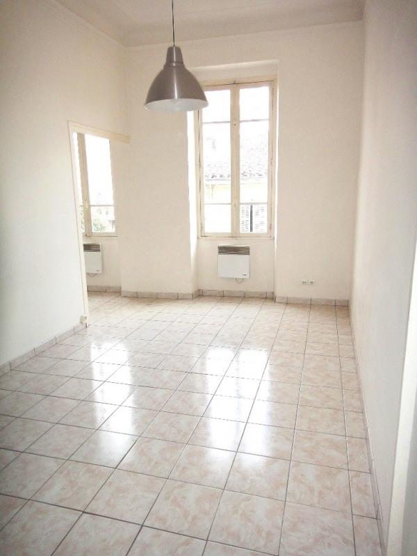 Location appartement Marseille 4ème 450€ CC - Photo 1