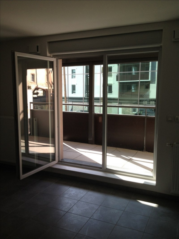 Location appartement Oullins 776€ CC - Photo 7