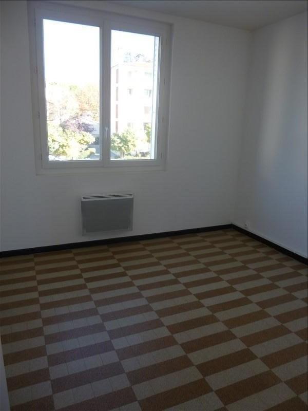 Rental apartment Manosque 560€ CC - Picture 4