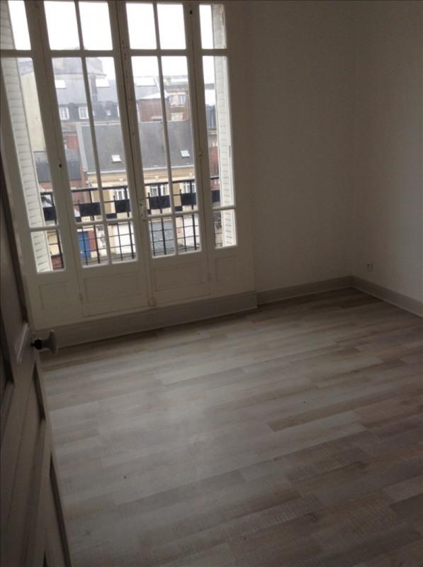 Rental apartment St quentin 720€ CC - Picture 5