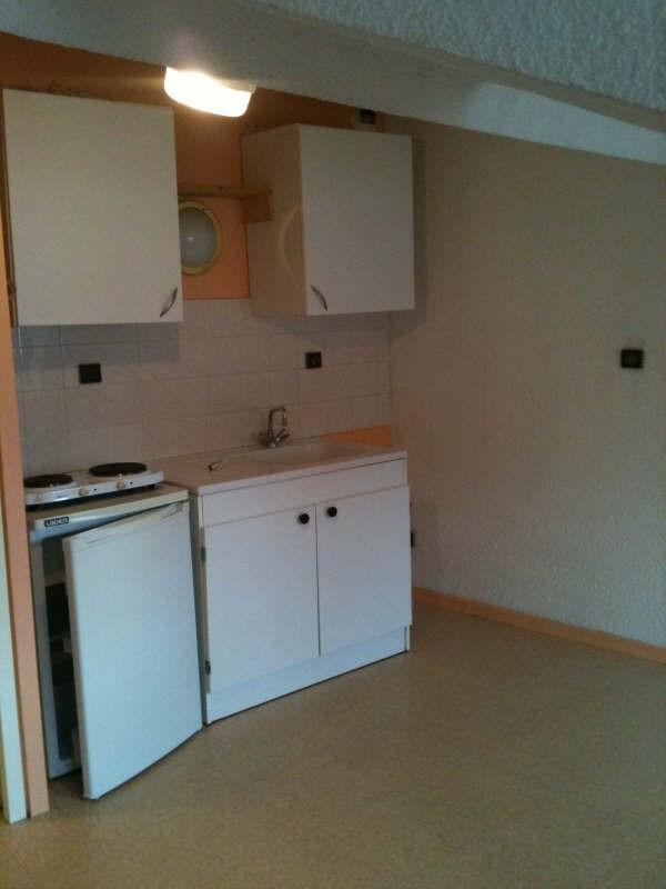 Locação apartamento Voiron 282€ CC - Fotografia 3