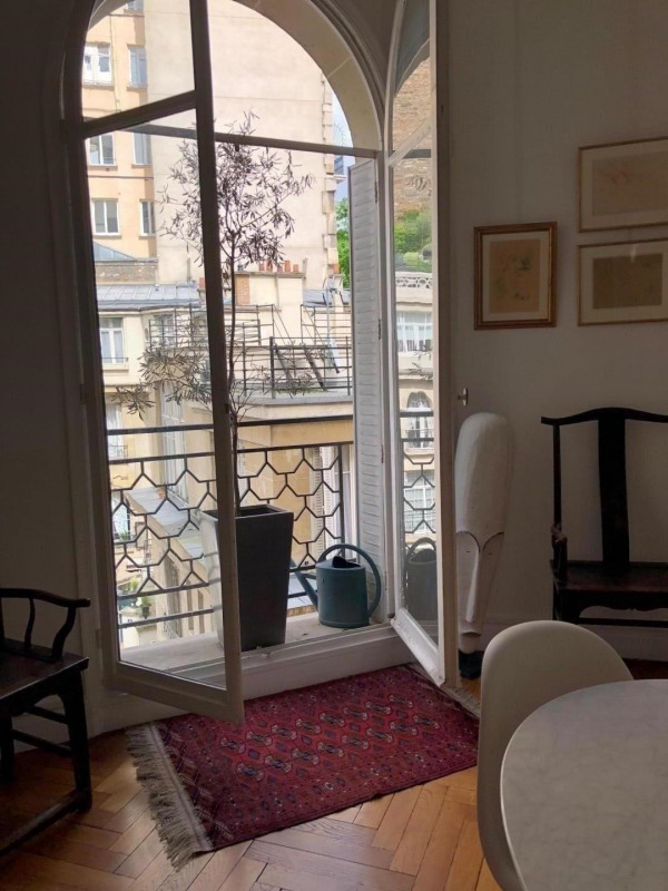 Location appartement Paris 16ème 2 800€ CC - Photo 5