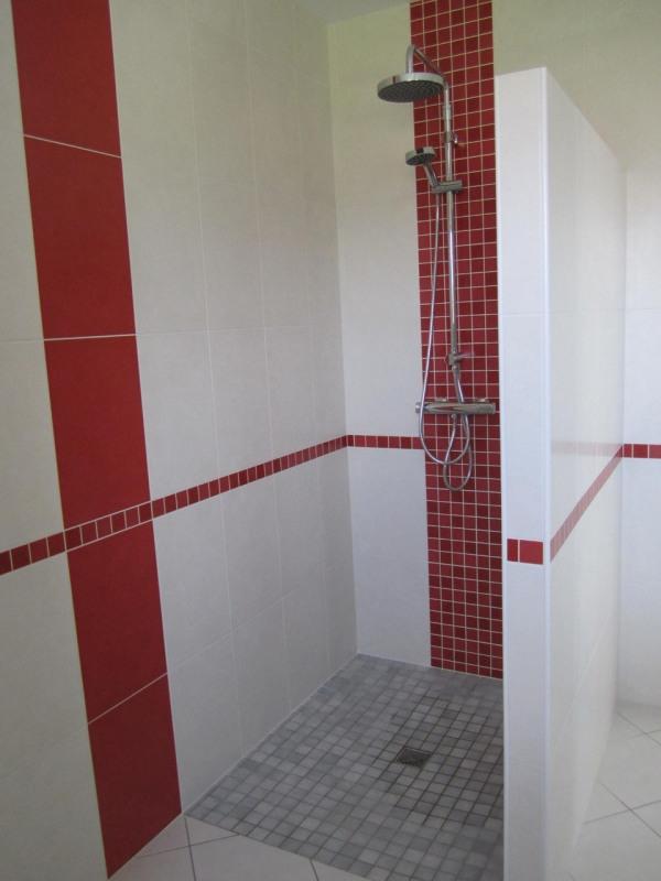 Rental house / villa Condéon 680€ CC - Picture 5