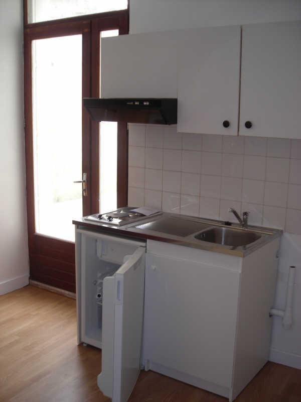 Location appartement Angoulême 340€ CC - Photo 3