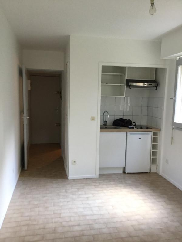 Rental apartment Aix-en-provence 471€ CC - Picture 1