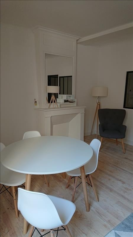 Sale apartment La rochelle 141 000€ - Picture 2