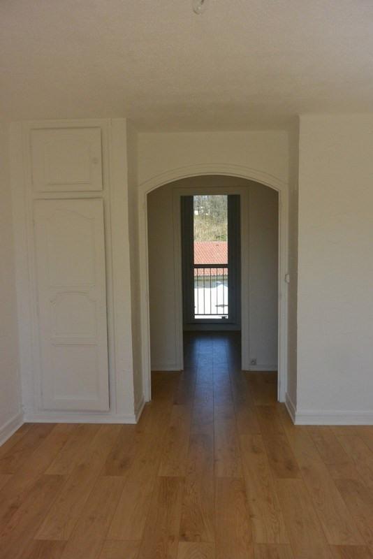 Alquiler  apartamento Charbonnieres les bains 700€ CC - Fotografía 2
