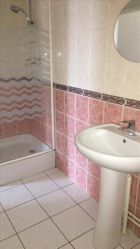 Location appartement St quentin 495€ CC - Photo 4