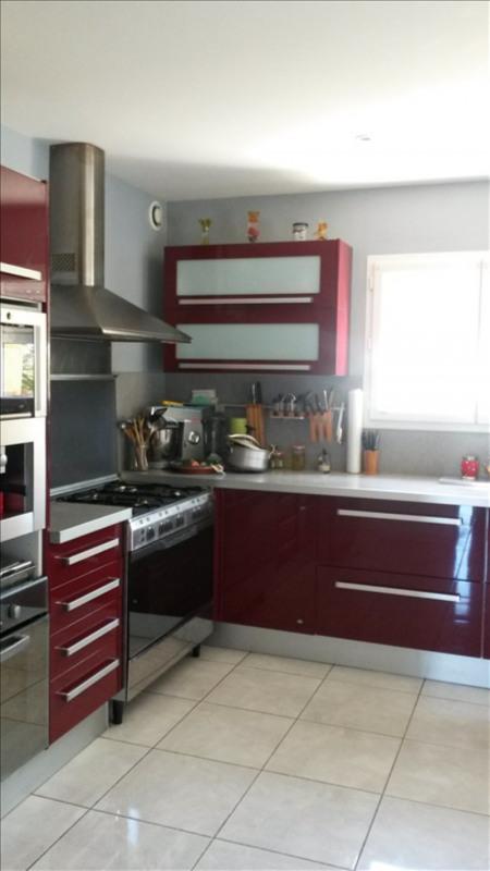 Sale house / villa St fiacre sur maine 316900€ - Picture 3