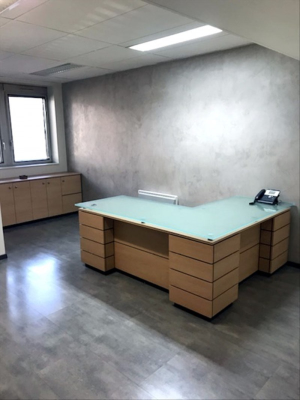 Rental office Versailles 1 800€ HT/HC - Picture 2