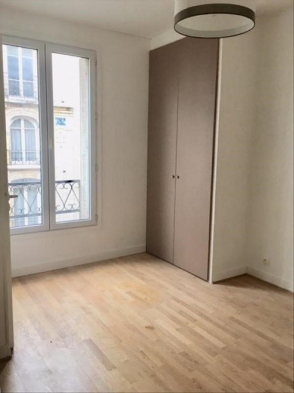 Rental apartment Clichy 700€ CC - Picture 1