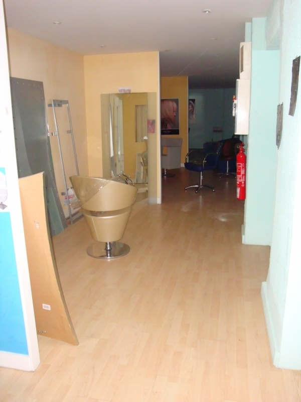Location local commercial Cabestany 3200€ HT/HC - Photo 4
