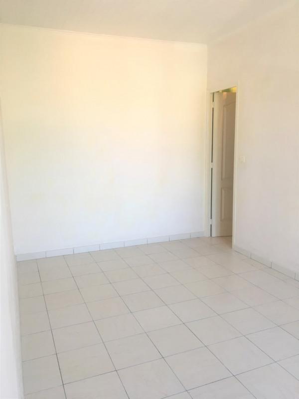 Location appartement Aubagne 650€ CC - Photo 2