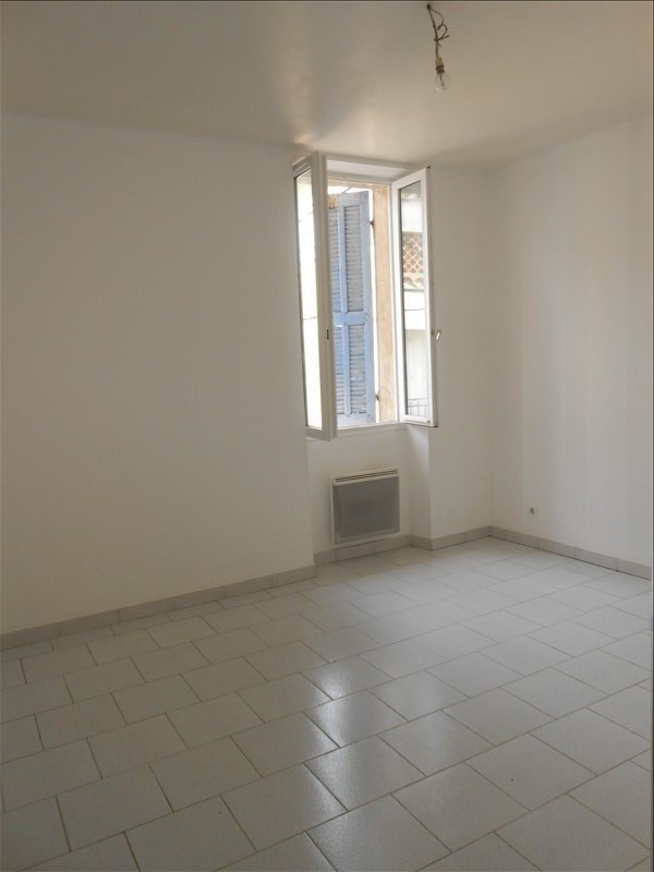 Rental apartment Martigues 640€ CC - Picture 3