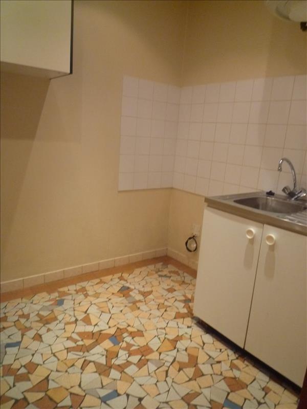 Location appartement Villemomble 540€ CC - Photo 3