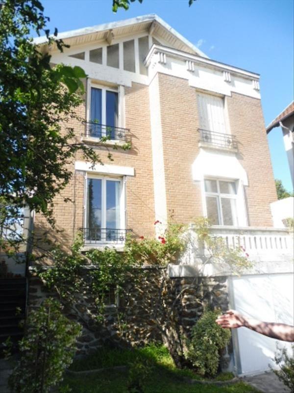 Rental house / villa Villemomble 1360€ CC - Picture 1