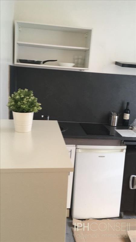 Rental apartment Neuilly sur seine 690€ CC - Picture 3