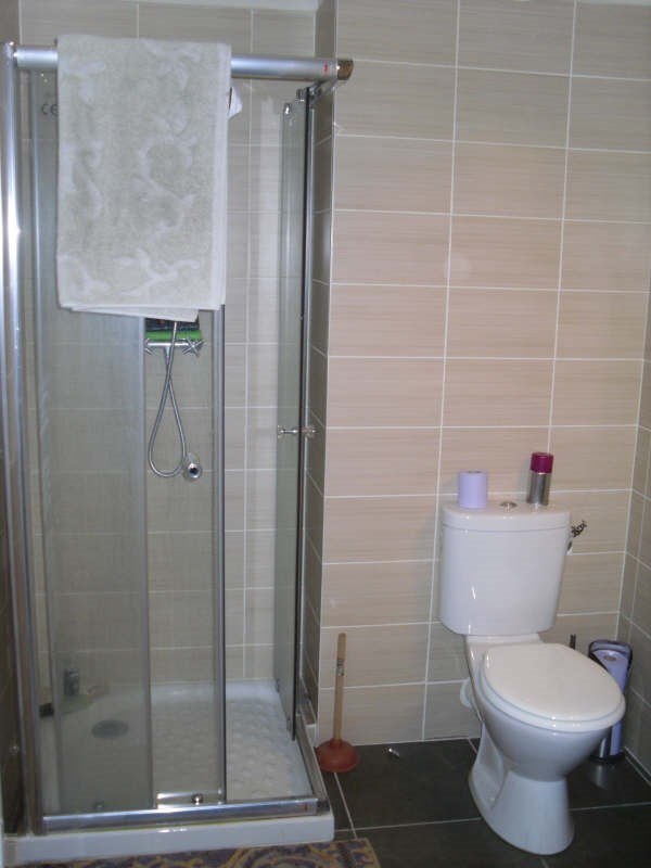 Location appartement Nimes 480€ CC - Photo 4