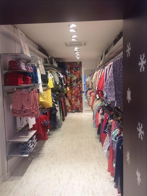 tienda Montbrison 92000€ - Fotografía 2