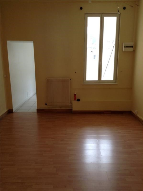 Location appartement St quentin 660€ CC - Photo 4