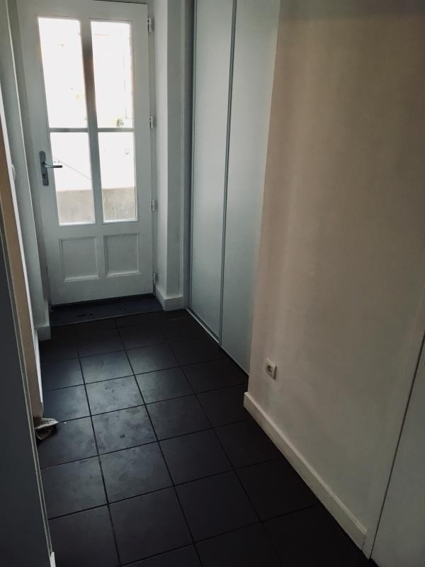Sale apartment Dardilly 240000€ - Picture 10