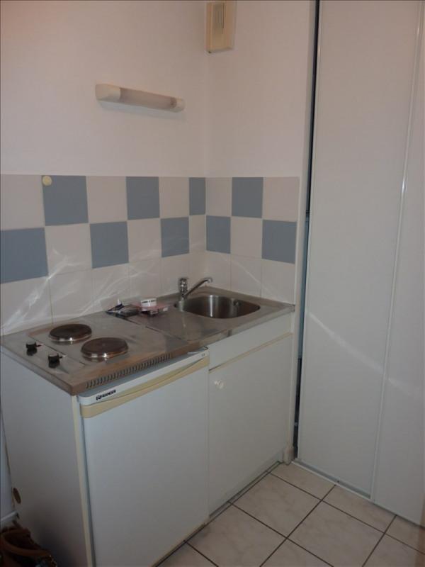 Rental apartment Vendome 310€ CC - Picture 3