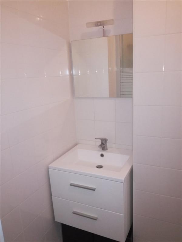 Rental apartment Clichy 687€ CC - Picture 4