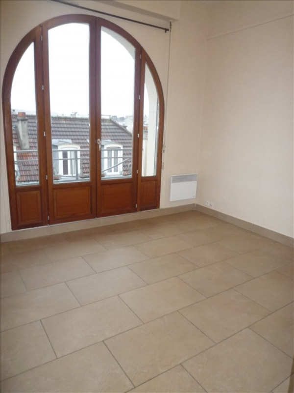 Location appartement Le raincy 690€ CC - Photo 3